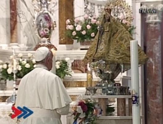 papa_francisco_y_virgen_de_la_caridad_del_cobre