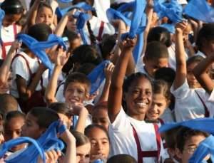 16aem_pioneros_cubanos